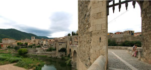 Besalú – Medieval Bridge